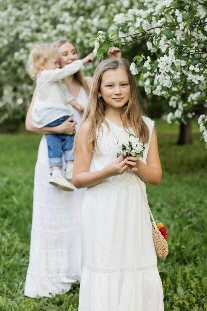 Kläder för de yngre bröllopsgästerna